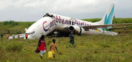 AP_guyana_plane_crash_jt_130707_16x9_992